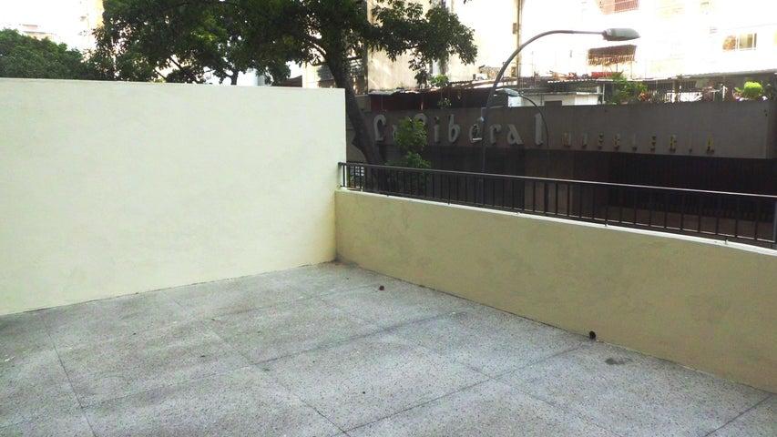 Apartamento Distrito Metropolitano>Caracas>Parroquia Santa Teresa - Venta:15.649.000.000 Precio Referencial - codigo: 15-5051