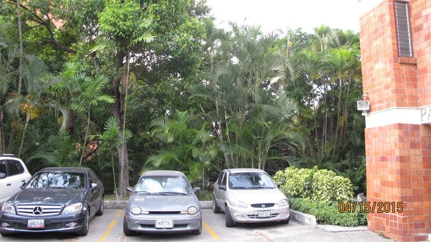Apartamento Distrito Metropolitano>Caracas>Santa Marta - Venta:147.510.000.000 Precio Referencial - codigo: 15-5099