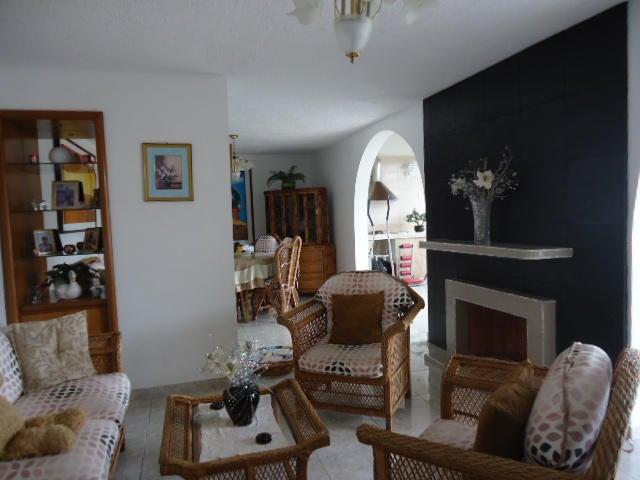 Apartamento Miranda>San Antonio de los Altos>Los Salias - Venta:129.907.000.000 Precio Referencial - codigo: 15-5161