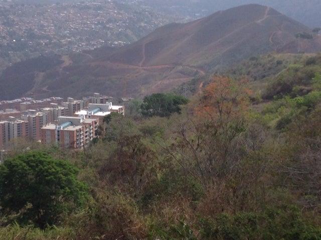 Terreno Distrito Metropolitano>Caracas>El Hatillo - Venta:905.271.000.000 Bolivares - codigo: 13-5783