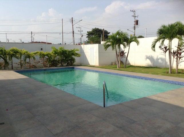 Casa Zulia>Ciudad Ojeda>Bermudez - Venta:127.900.000.000 Precio Referencial - codigo: 15-5351
