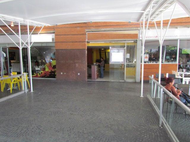 Local Comercial Distrito Metropolitano>Caracas>La Castellana - Venta:484.547.000.000 Precio Referencial - codigo: 15-5326