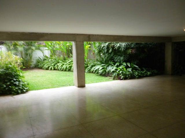 Apartamento Distrito Metropolitano>Caracas>Cumbres de Curumo - Venta:1.344.000.000 Bolivares Fuertes - codigo: 15-5364