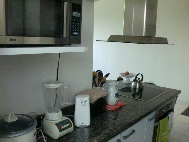 Apartamento Miranda>Los Teques>Parque Residencial La Quinta - Venta:24.429.000.000 Precio Referencial - codigo: 15-5368