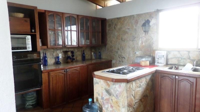 Casa Miranda>Municipio Los Salias>Las Polonias Nuevas - Venta:80.000 Precio Referencial - codigo: 15-5420