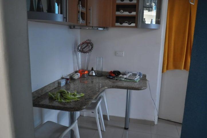 Casa Distrito Metropolitano>Caracas>La Tahona - Venta:316.041.000.000 Precio Referencial - codigo: 15-5452