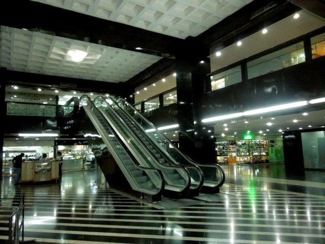 Negocios y Empresas Distrito Metropolitano>Caracas>Boleita Sur - Venta:41.504.208.000.000 Bolivares - codigo: 15-5520