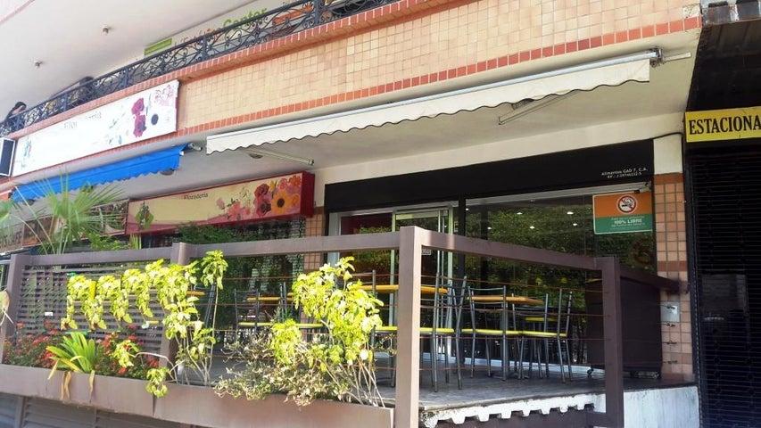 Negocios y Empresas Carabobo>Valencia>El Viñedo - Venta:22.514.400.000 Bolivares - codigo: 15-5066