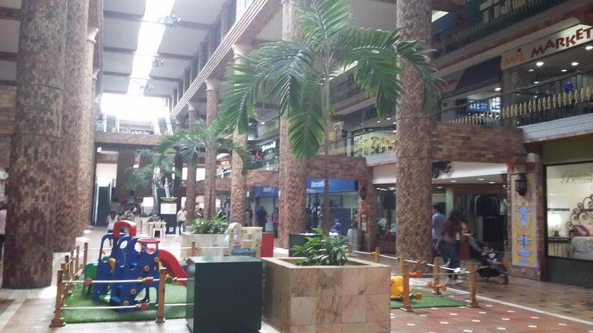 Local Comercial Miranda>Carrizal>Municipio Carrizal - Venta:335.899.000.000 Precio Referencial - codigo: 15-5560