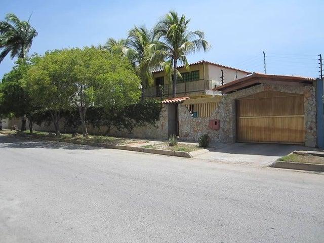 Casa Nueva Esparta>Margarita>Maneiro - Venta:66.764.000.000 Bolivares - codigo: 15-5601