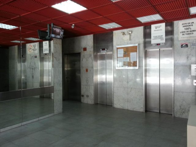 Oficina Distrito Metropolitano>Caracas>Chacao - Venta:18.475.000.000 Bolivares Fuertes - codigo: 15-5627
