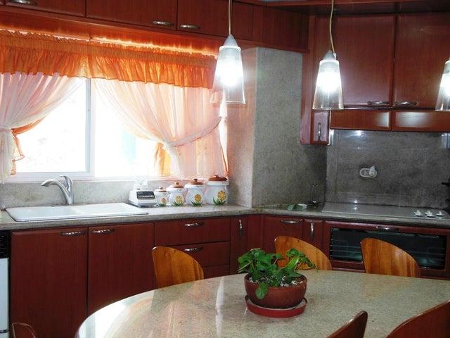 Apartamento Distrito Metropolitano>Caracas>Los Campitos - Venta:228.464.000.000 Precio Referencial - codigo: 15-5786