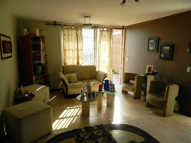 Townhouse Miranda>Carrizal>Municipio Carrizal - Venta:65.768.000.000 Precio Referencial - codigo: 15-5682