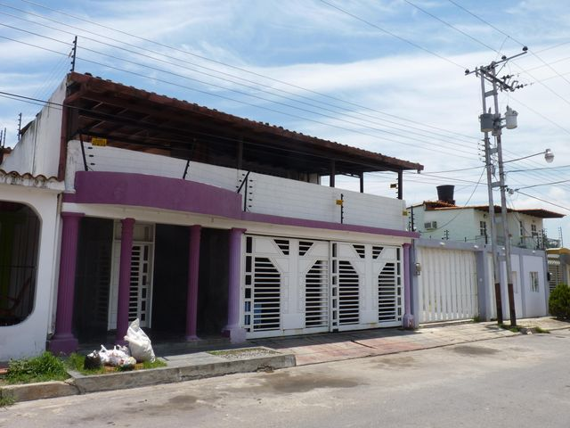 Casa Aragua>Turmero>La Mantuana - Venta:4.700.000.000 Bolivares - codigo: 15-5951