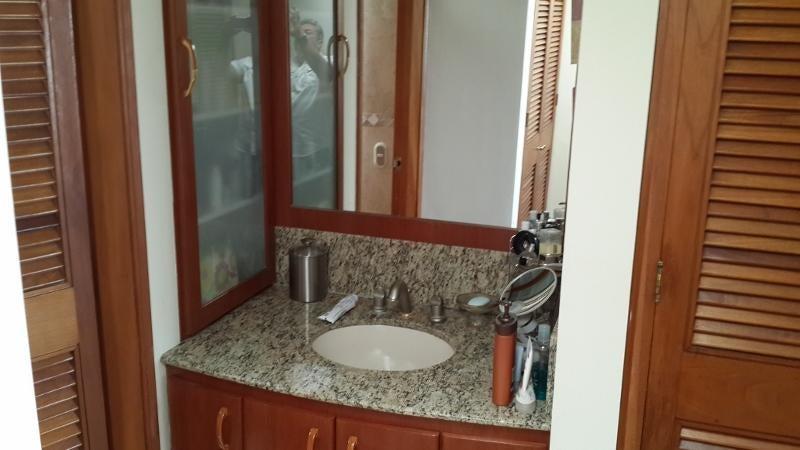 Casa Distrito Metropolitano>Caracas>Lomas de Prados del Este - Venta:335.899.000.000 Precio Referencial - codigo: 15-6013