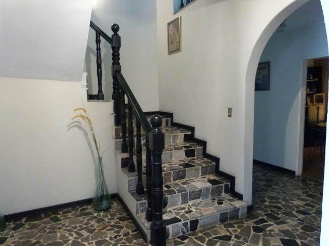 Casa Distrito Metropolitano>Caracas>Macaracuay - Venta:152.681.000.000 Precio Referencial - codigo: 15-6053