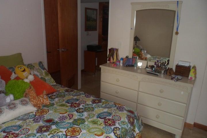 Apartamento Distrito Metropolitano>Caracas>Lomas del Sol - Venta:56.581.000.000 Bolivares Fuertes - codigo: 15-6116