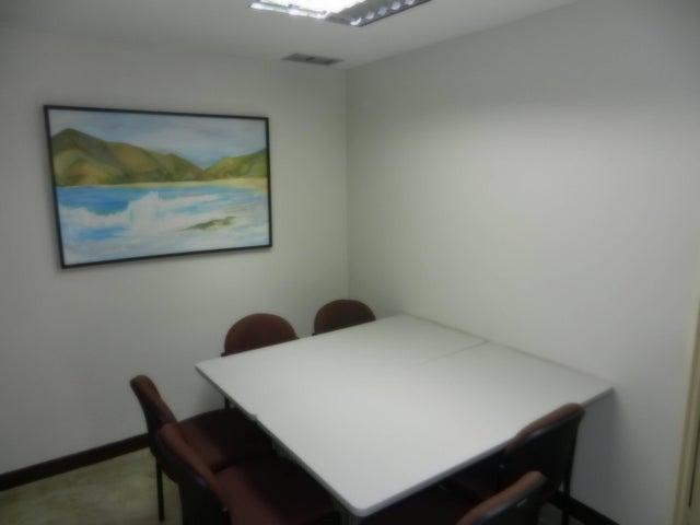 Oficina Distrito Metropolitano>Caracas>Chacao - Venta:564.266.000.000 Precio Referencial - codigo: 15-6160