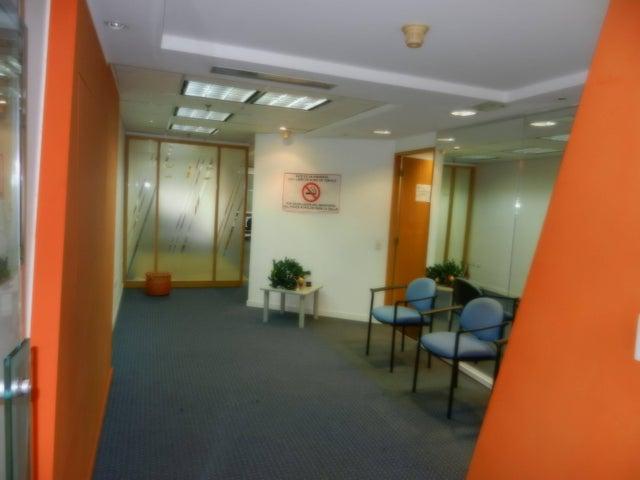 Oficina Distrito Metropolitano>Caracas>Chacao - Alquiler:611.000.000 Precio Referencial - codigo: 15-6170