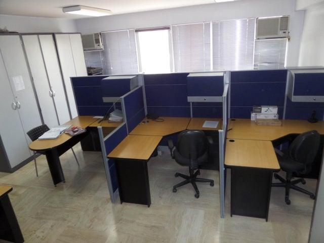 Oficina Distrito Metropolitano>Caracas>Bello Monte - Venta:5.040.000.000 Bolivares - codigo: 15-6752