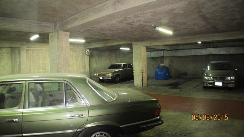 Apartamento Distrito Metropolitano>Caracas>Altamira - Venta:8.102.748.800.000.000.000 Precio Referencial - codigo: 15-7145