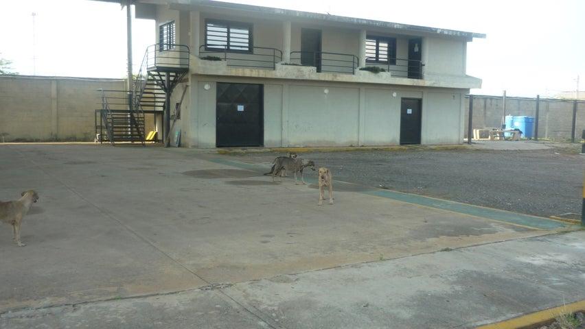 Galpon - Deposito Zulia>Ciudad Ojeda>La N - Venta:659.510.000.000 Precio Referencial - codigo: 15-6541