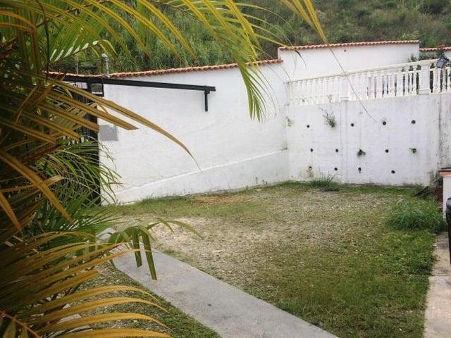 Casa Miranda>Carrizal>Colinas de Carrizal - Venta:130.000 Precio Referencial - codigo: 15-6572
