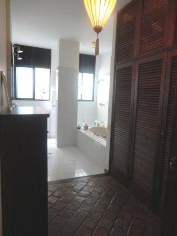 Casa Distrito Metropolitano>Caracas>El Placer - Venta:171.003.000.000  - codigo: 15-6710