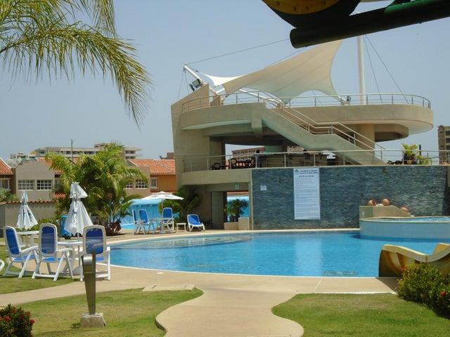 Townhouse Miranda>Higuerote>Puerto Encantado - Venta:45.264.000.000 Bolivares - codigo: 15-4283