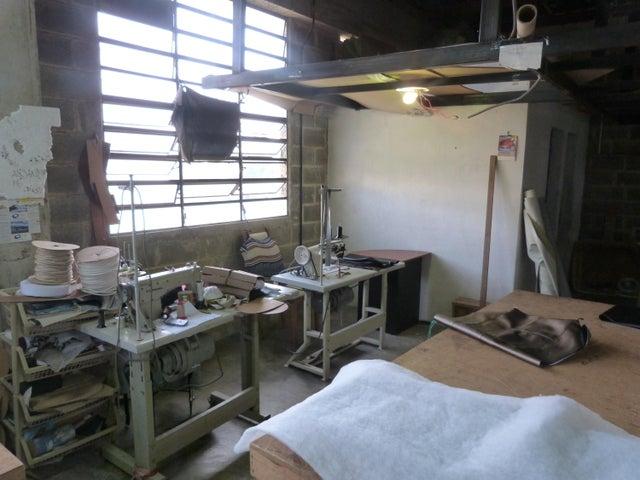 Negocios y Empresas Miranda>Carrizal>Municipio Carrizal - Venta:86.539.826.000.000 Bolivares - codigo: 15-6725