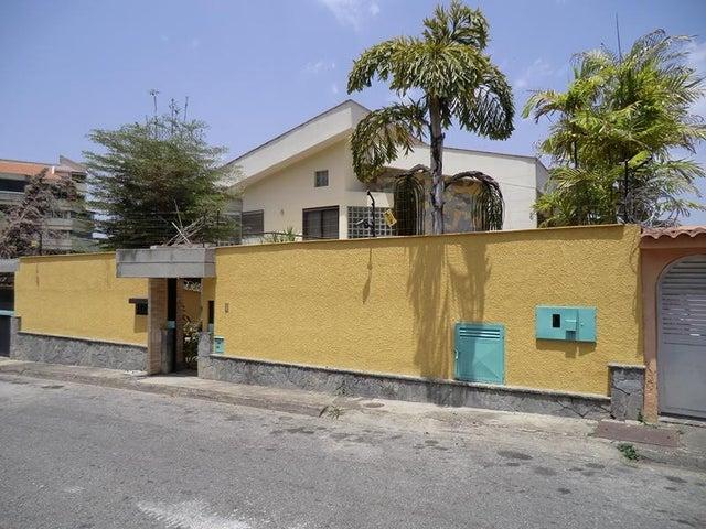 Casa Distrito Metropolitano>Caracas>Miranda - Alquiler:2.000 Precio Referencial - codigo: 15-1062