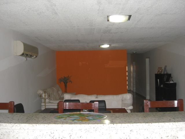 Local Comercial Zulia>Cabimas>Cumana - Venta:64.135.000.000 Precio Referencial - codigo: 15-6768