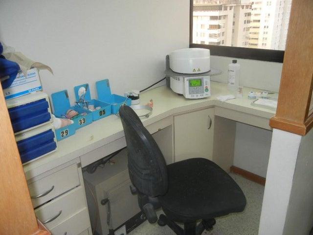 Oficina Distrito Metropolitano>Caracas>Terrazas del Club Hipico - Venta:135.424.000.000 Precio Referencial - codigo: 15-6773