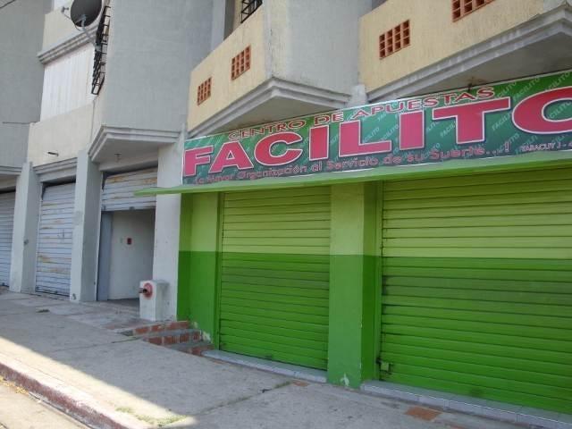 Local Comercial Yaracuy>San Felipe>San Felipe - Venta:4.727.000.000 Precio Referencial - codigo: 15-6815