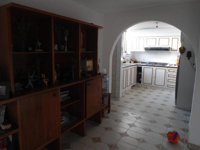 Apartamento Distrito Metropolitano>Caracas>Santa Paula - Venta:53.744.000.000 Precio Referencial - codigo: 15-6843