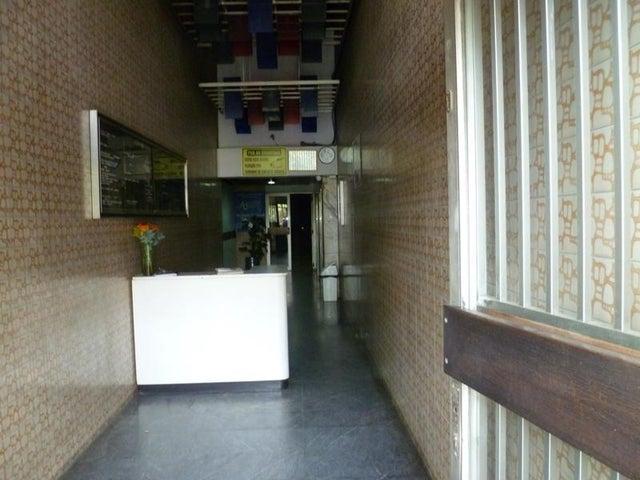 Oficina Distrito Metropolitano>Caracas>La Hoyada - Venta:26.937.000.000 Precio Referencial - codigo: 15-6892