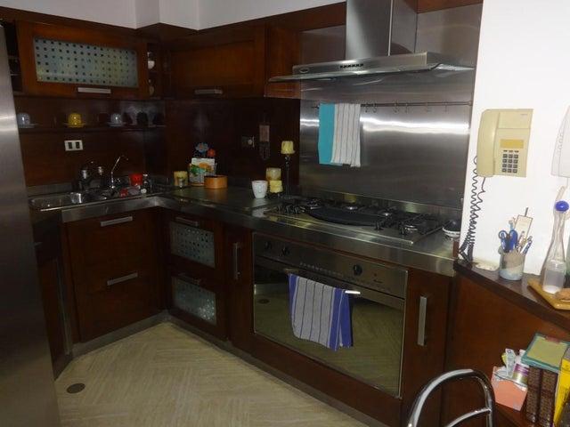Apartamento Zulia>Maracaibo>El Milagro - Venta:122.145.000.000 Precio Referencial - codigo: 15-6980