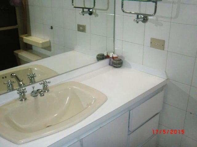 Casa Distrito Metropolitano>Caracas>Alto Hatillo - Venta:448.943.000.000 Precio Referencial - codigo: 15-7197