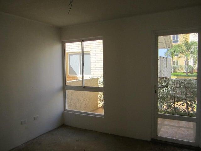 Apartamento Nueva Esparta>Margarita>Sabanamar - Venta:100.000.000  - codigo: 15-7050