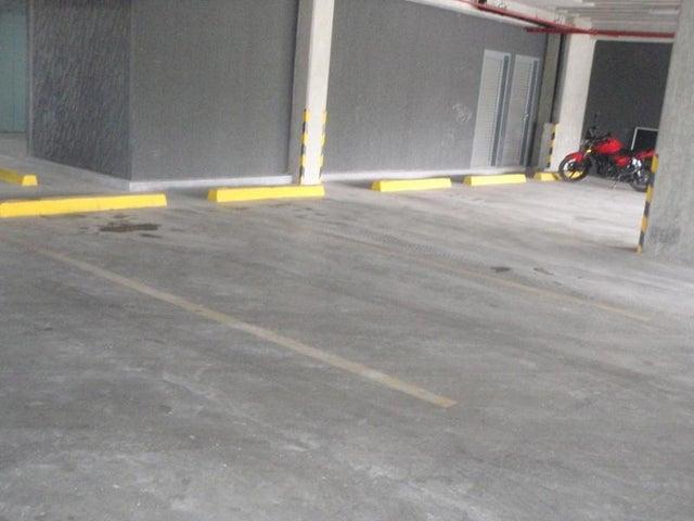 Oficina Distrito Metropolitano>Caracas>Las Mercedes - Alquiler:1.500.000 Bolivares - codigo: 15-7057