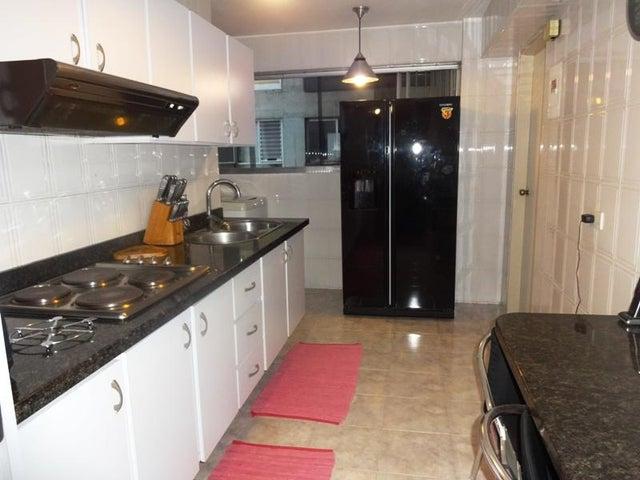 Apartamento Distrito Metropolitano>Caracas>El Marques - Venta:30.550.000.000 Bolivares Fuertes - codigo: 15-7109