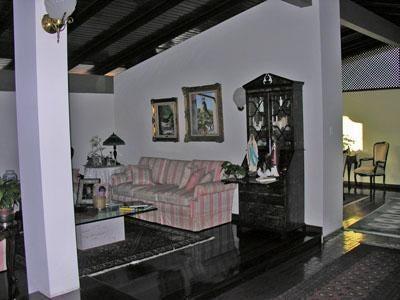 Casa Distrito Metropolitano>Caracas>Lomas del Mirador - Venta:81.307.000 Precio Referencial - codigo: 15-7149