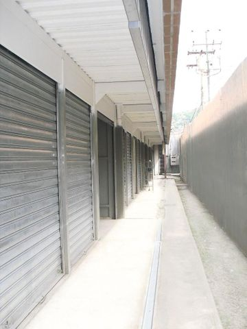Local Comercial Distrito Metropolitano>Caracas>Cementerio - Venta:7.455.000.000 Precio Referencial - codigo: 15-7285