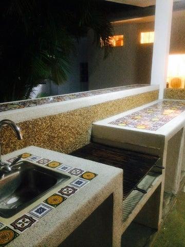 Casa Miranda>Rio Chico>Las Mercedes de Paparo - Venta:25.670.000.000 Precio Referencial - codigo: 15-7604