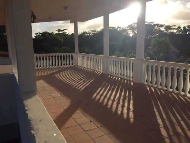 Casa Miranda>Rio Chico>Las Mercedes de Paparo - Venta:6.940.000.000 Bolivares - codigo: 15-7604