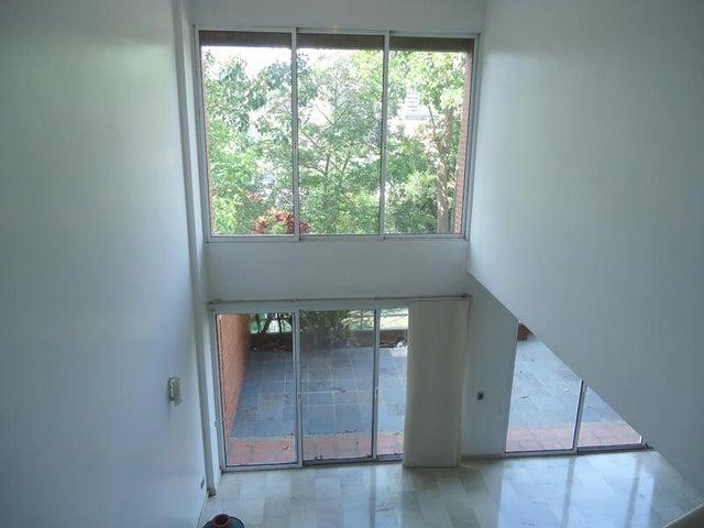 Townhouse Distrito Metropolitano>Caracas>Los Pomelos - Venta:116.364.000.000 Bolivares - codigo: 15-7345