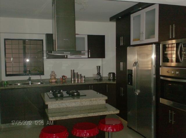 Apartamento Lara>Barquisimeto>Zona Este - Venta:17.625.000.000 Bolivares Fuertes - codigo: 15-7349
