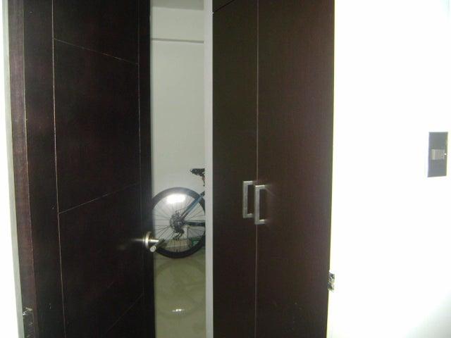 Apartamento Carabobo>Valencia>El Parral - Venta:0  - codigo: 15-7461
