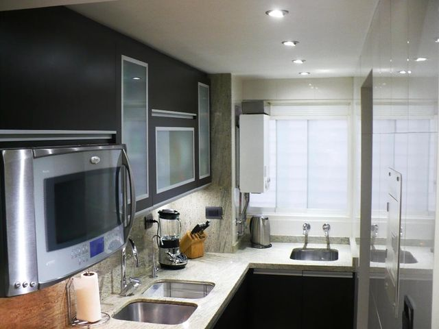 Apartamento Distrito Metropolitano>Caracas>El Encantado - Venta:74.745.000.000 Precio Referencial - codigo: 15-7956