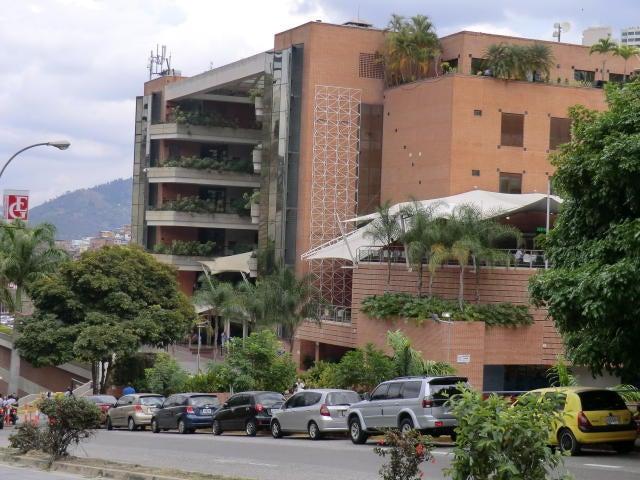 Local Comercial Distrito Metropolitano>Caracas>Manzanares - Venta:41.891.000.000 Bolivares - codigo: 15-7975